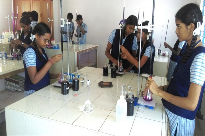 Wisdom Matriculation Higher Secondary School-Science Lab