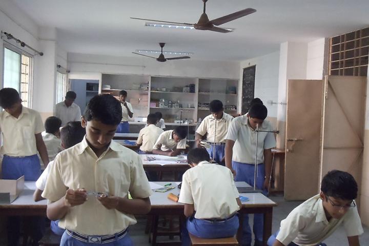 Bharathi Matriculation Higher Secondary School-Chemistry Lab