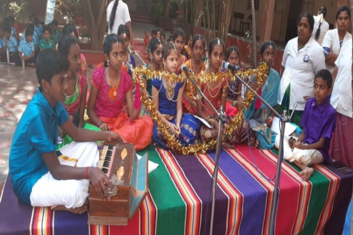 Geethanjalee Matriculation Higher Secondary School-Music