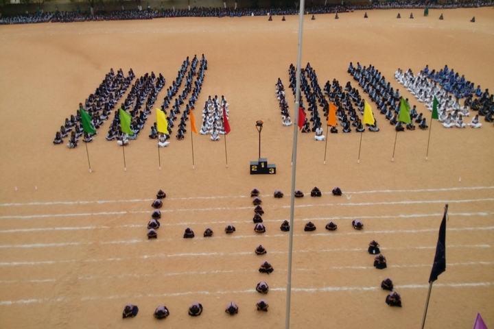 Kongu Vellalar Matriculation Higher Secondary School-Sports Day