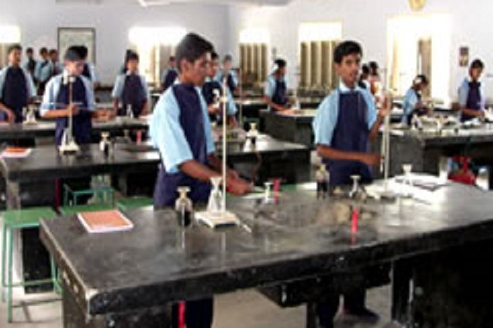 Rajalakshmi Genguswamy Matriculation Higher Secondary School-Chemistry Lab