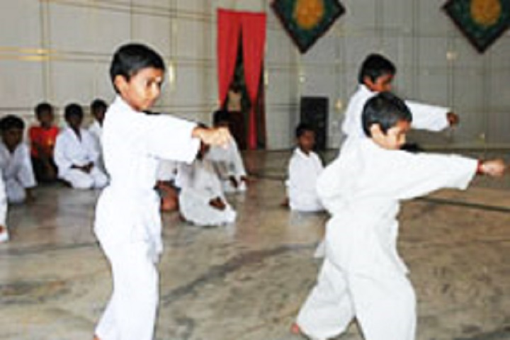 Shaanthi Matriculation Higher Secondary School-Karate