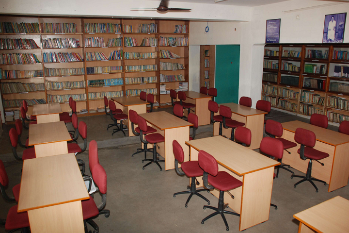 Shaanthi Matriculation Higher Secondary School-Library