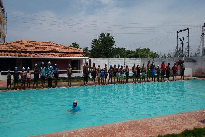 Shaanthi Matriculation Higher Secondary School-Swimming Pool Classes