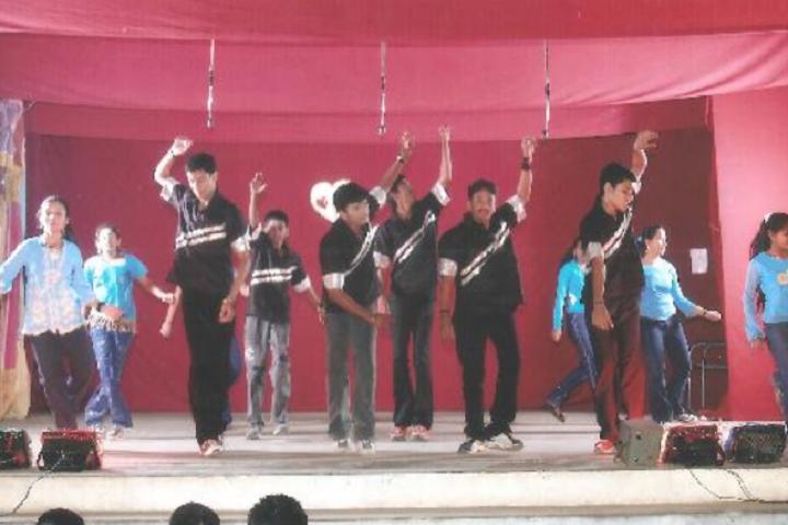 Suburban Matriculation Higher Secondary School-Dance