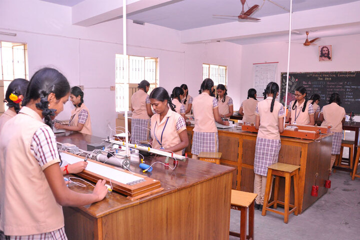 Vimal Jyothi Convent Matric Higher Secondary School-Science Lab