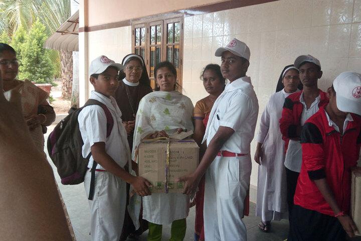 Vimal Jyothi Convent Matric Higher Secondary School-Social Service