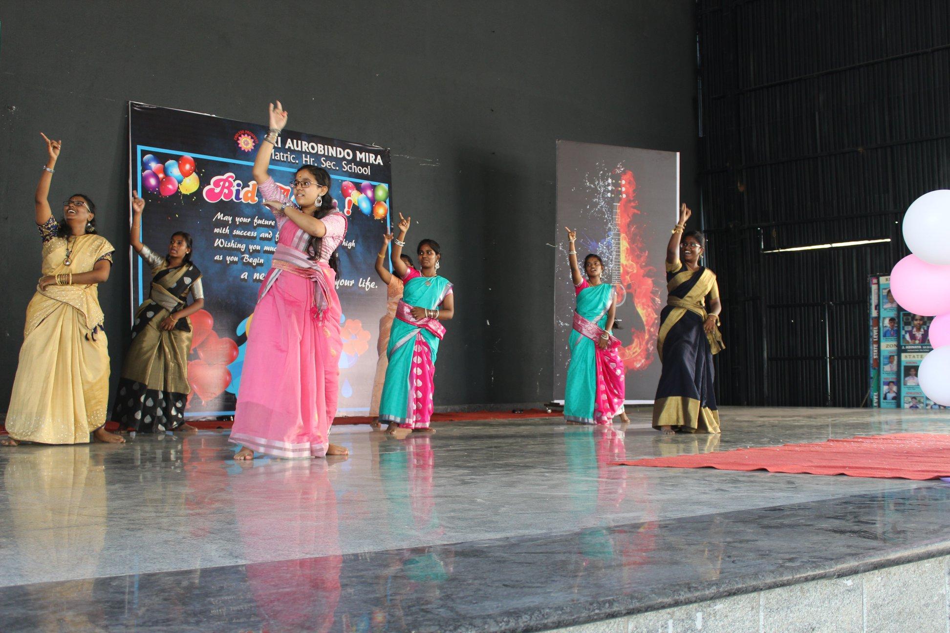 Sri Aurobindo Mira Matriculation Higher Secondary School-Dance