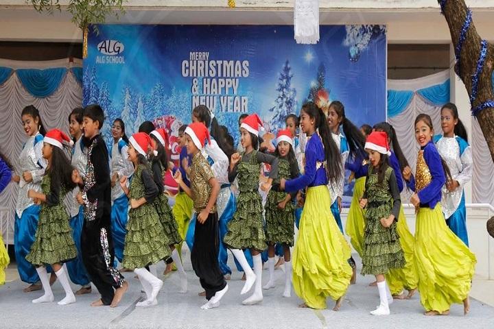 ALG Matriculation Higher Secondary School-Group Dance