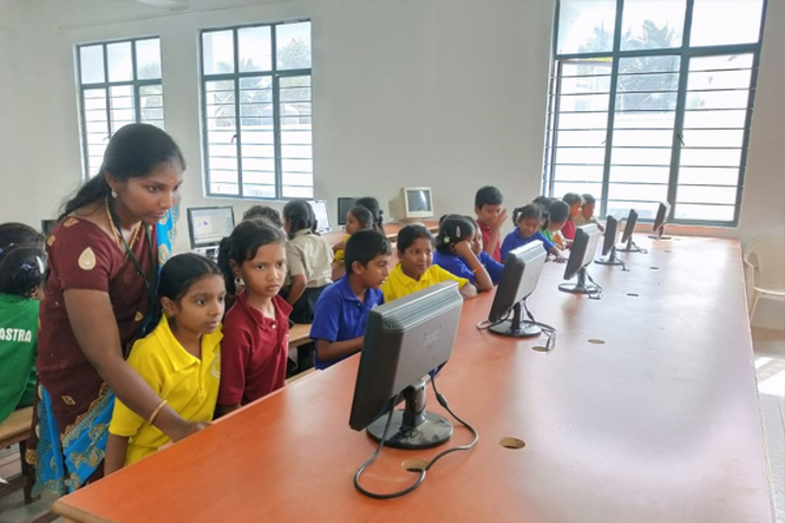 Dr PGV Residentail Co Educational School-Computer Lab