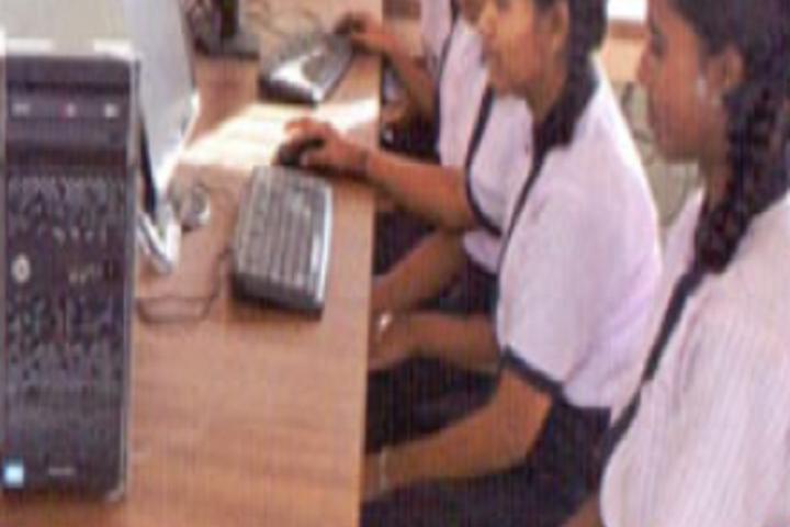 Shree Kisanlalji Bora English Medium School-Computer Lab