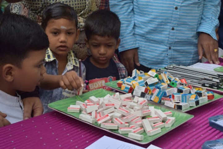 Holy Cross Matriculation Higher Secondary School-Kids Activity