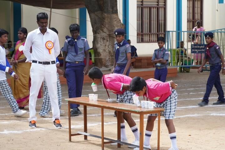 Little Flower Matriculation School-Games