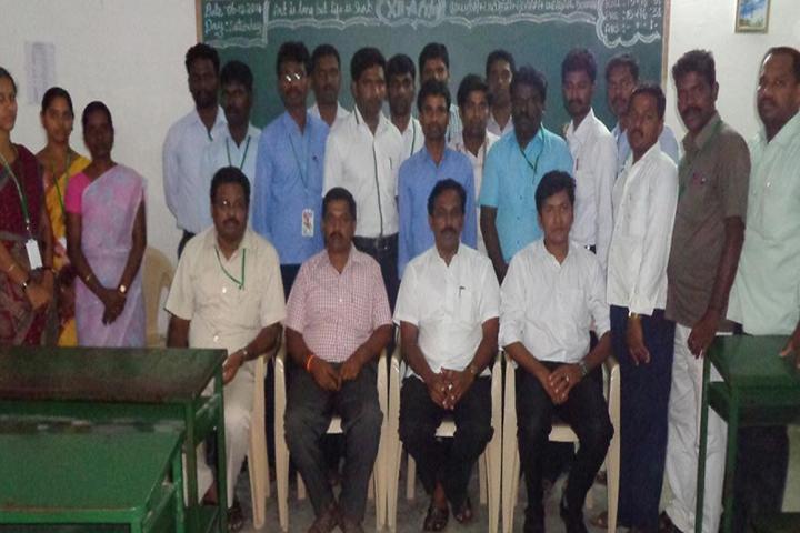 Paavendhar Matric Higher Secondary School-Staff Group Photo