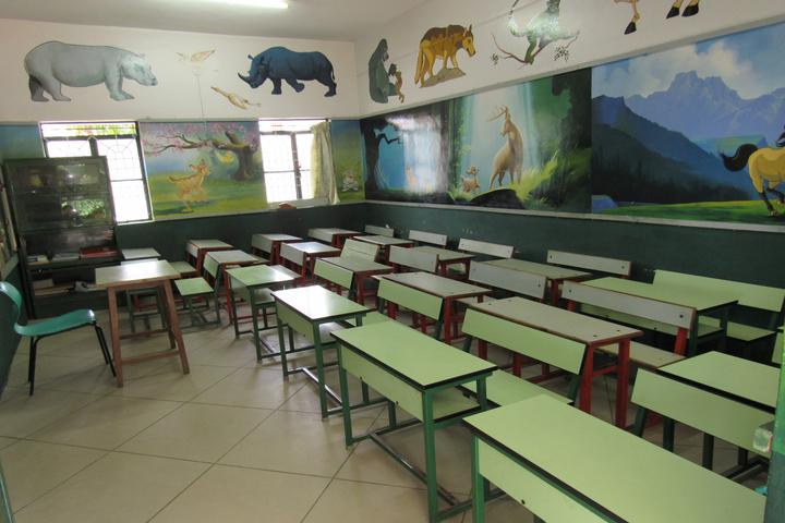 Sri Paramahamsa Vidyaniketana school-Classroom