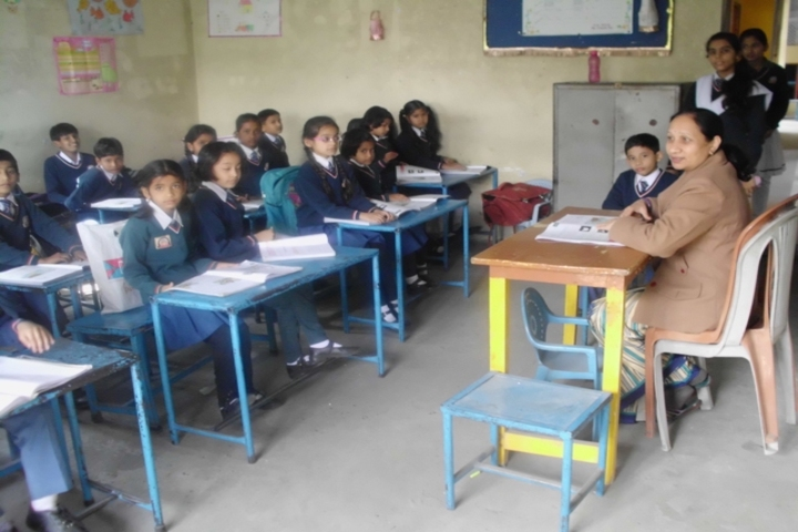Little Angels Convent Higher Secondary School-Classroom