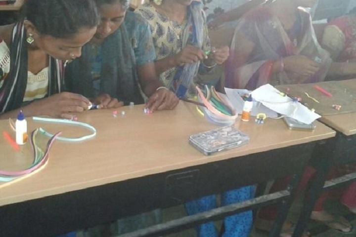 Zilla Parishad High School-Arts And Crafts Classes