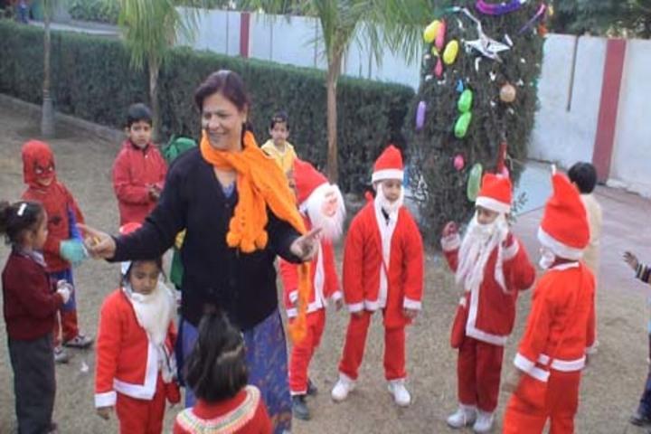 Tiny Tots Higher Secondary School-Christmas Celebrations