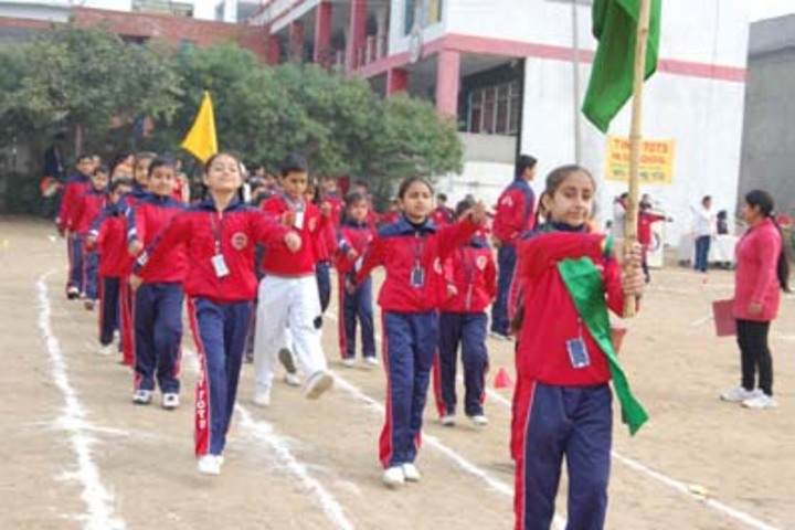 Tiny Tots Higher Secondary School-March Past