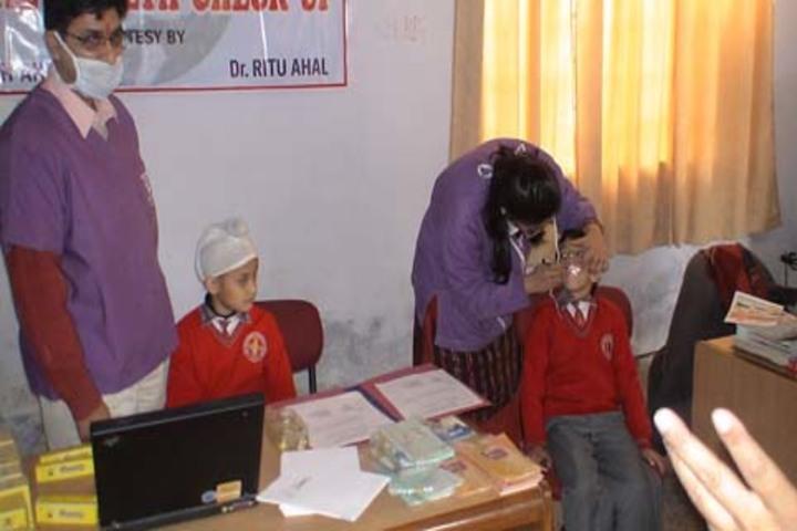 Tiny Tots Higher Secondary School-Medical Camp