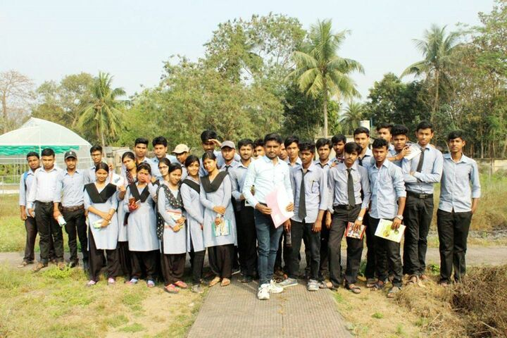 Kalna Maharajas High School-Students