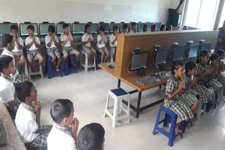 Gurukul International School-Computer Lab