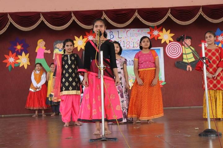 Kaanger Valley Academy-singing