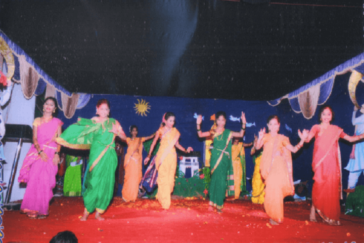 Yashodhan Education Trusts English High School-Dance