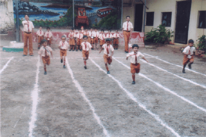 Yashodhan Education Trusts English High School-Running Competition