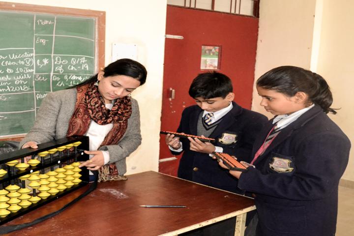 Brightland School-Maths Lab