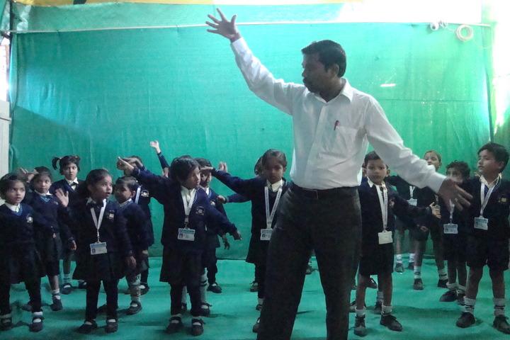Central Provincial School-Dance Class