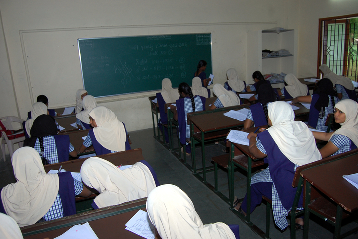 Crescent College of Education for Women-Classroom