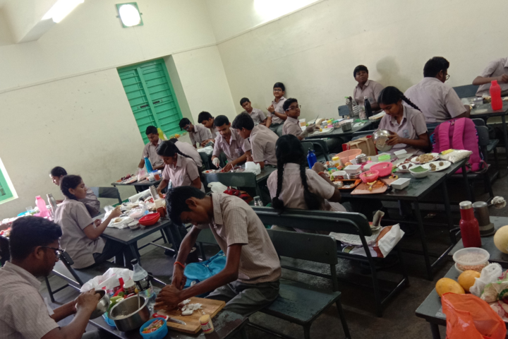 GRG Matriculation Higher Secondary School-Cooking Activity