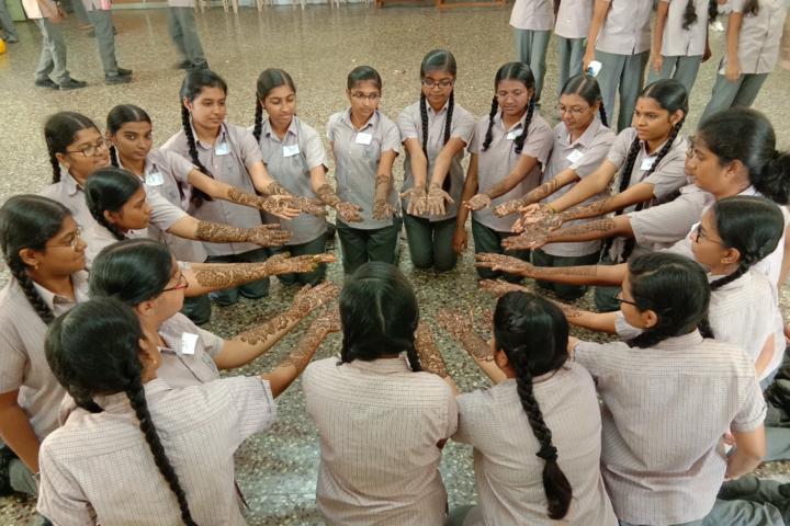 GRG Matriculation Higher Secondary School-Mehandi Competition
