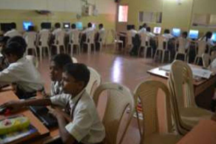 Aditya Birla Public School-Computer Lab