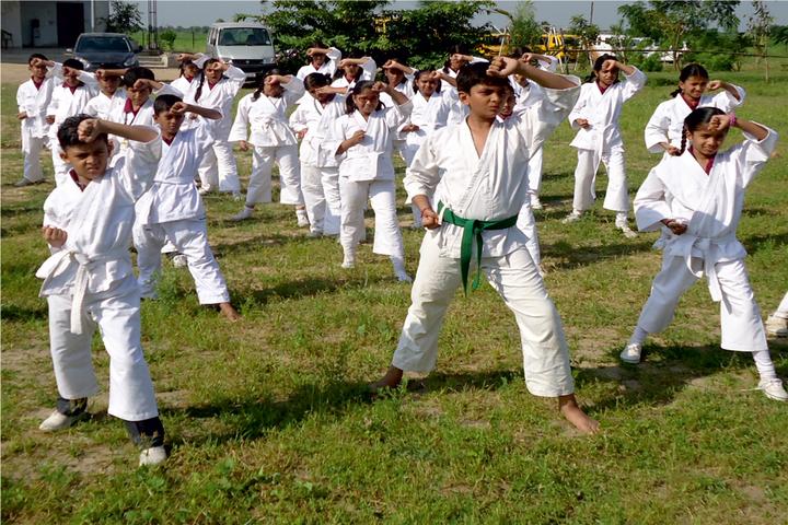 Tripada Gurukulam-Karate