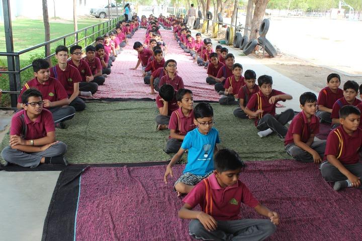 Tripada Gurukulam-Yoga