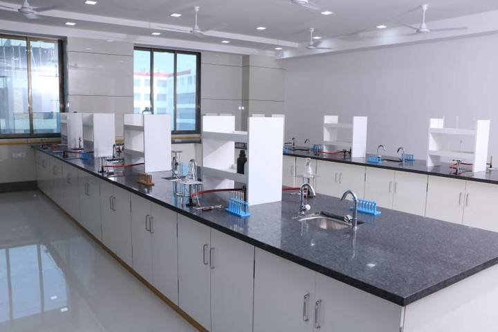 Rahul International School-Chemistry Lab