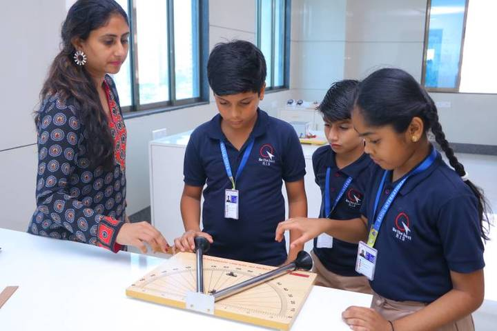 Rahul International School-Physics Lab
