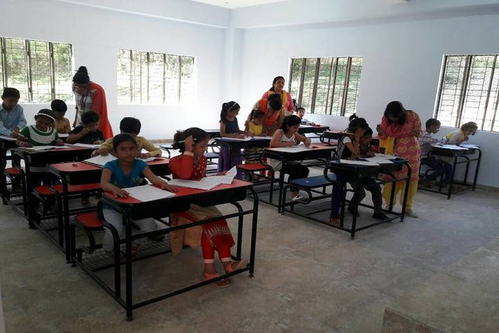 Diamond International Public School-Classroom
