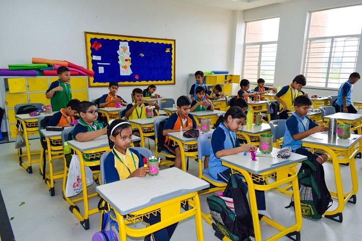 Delhi Public School-Pot Making