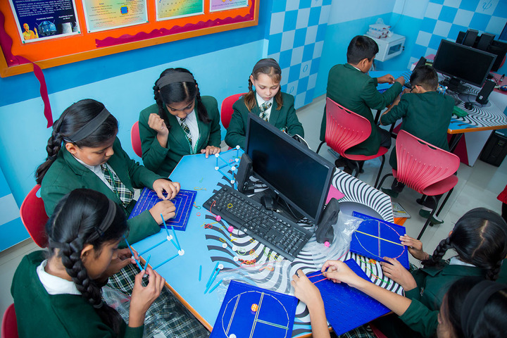 Delhi Public World School-IT Lab