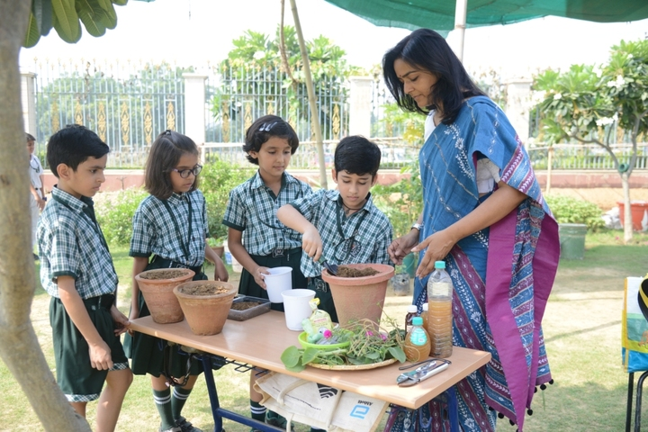 Delhi Public World School-Organic Farming