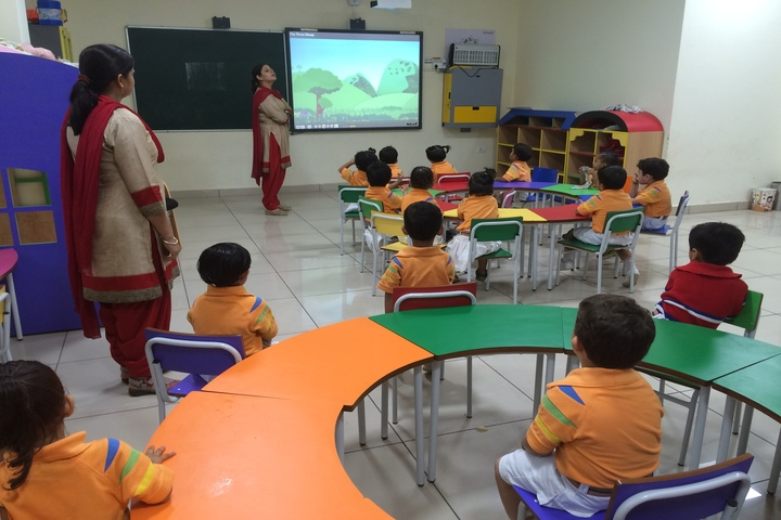 GD Goenka Public School-Digital Classroom
