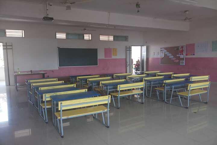 Harikisan Maloo International School-Classroom
