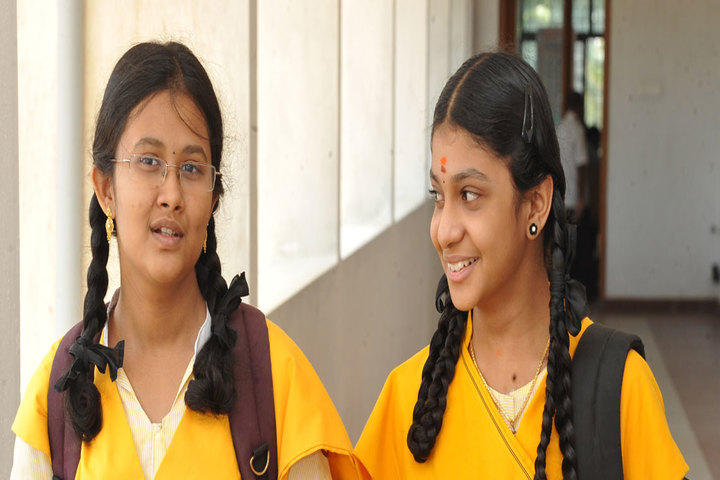 Chellamal Mullai Higher Secondary School-Students