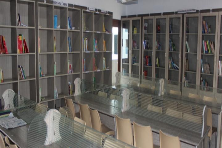 Chellammal Matric Higher Secondary School-Library