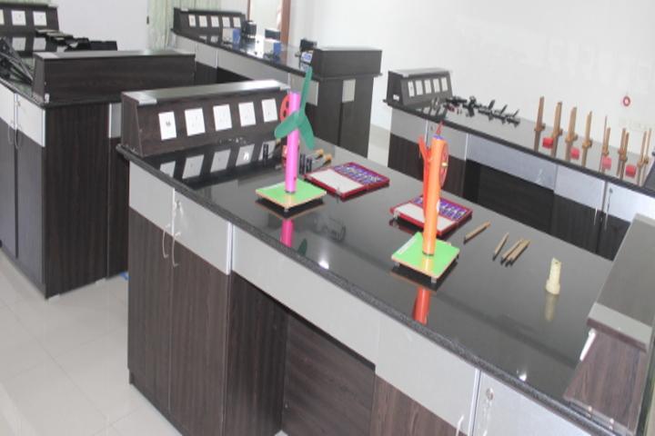 Chellammal Matric Higher Secondary School-Physics Lab