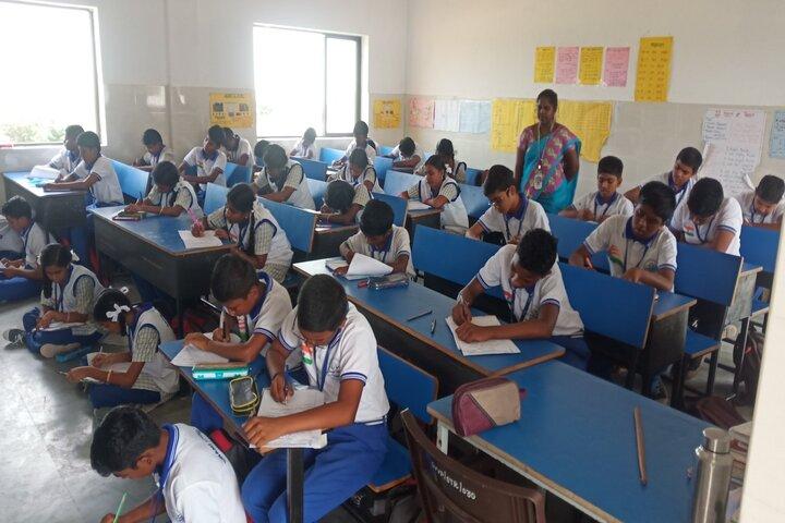 Swami Vivekananda Vidya Peedam-Classroom