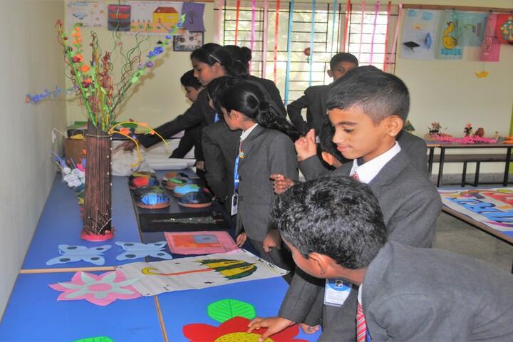 Wisdom Montfort International School-Art And Craft
